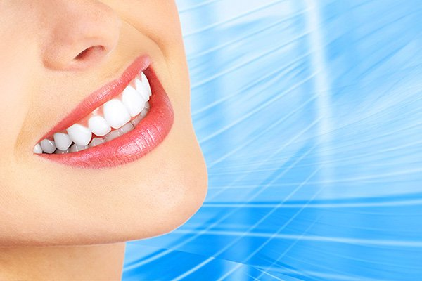 Enhance Your Pearly Whites With A Smile Makeover